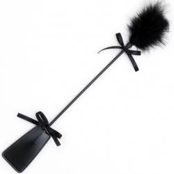 Ударь и пощекочи - Стек с черным мехом для БДСМ-игр, цвет: черный